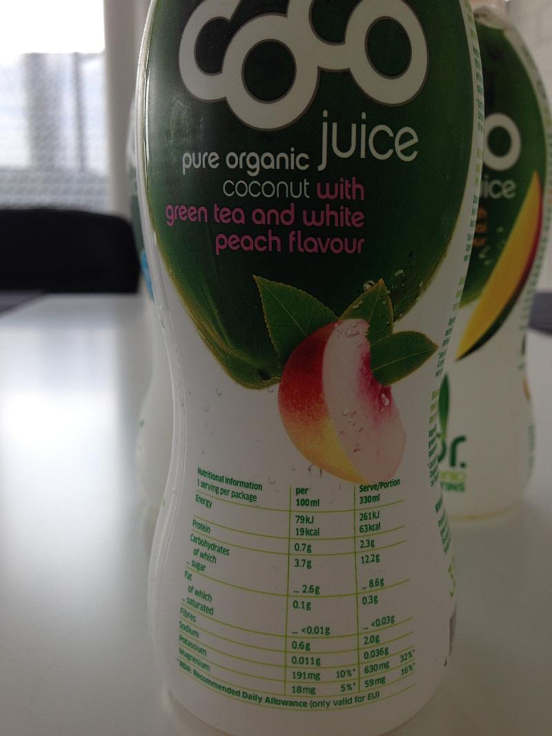 Coco Juice Green Tea & White Peach