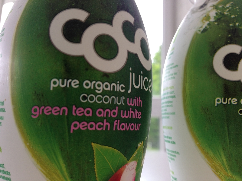 Coco Juice Green Tea & White Peach