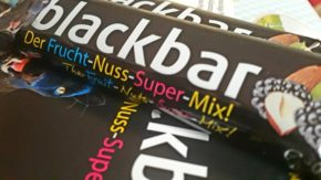 blackbar - Der Frucht-Nuss-Super-Mix!